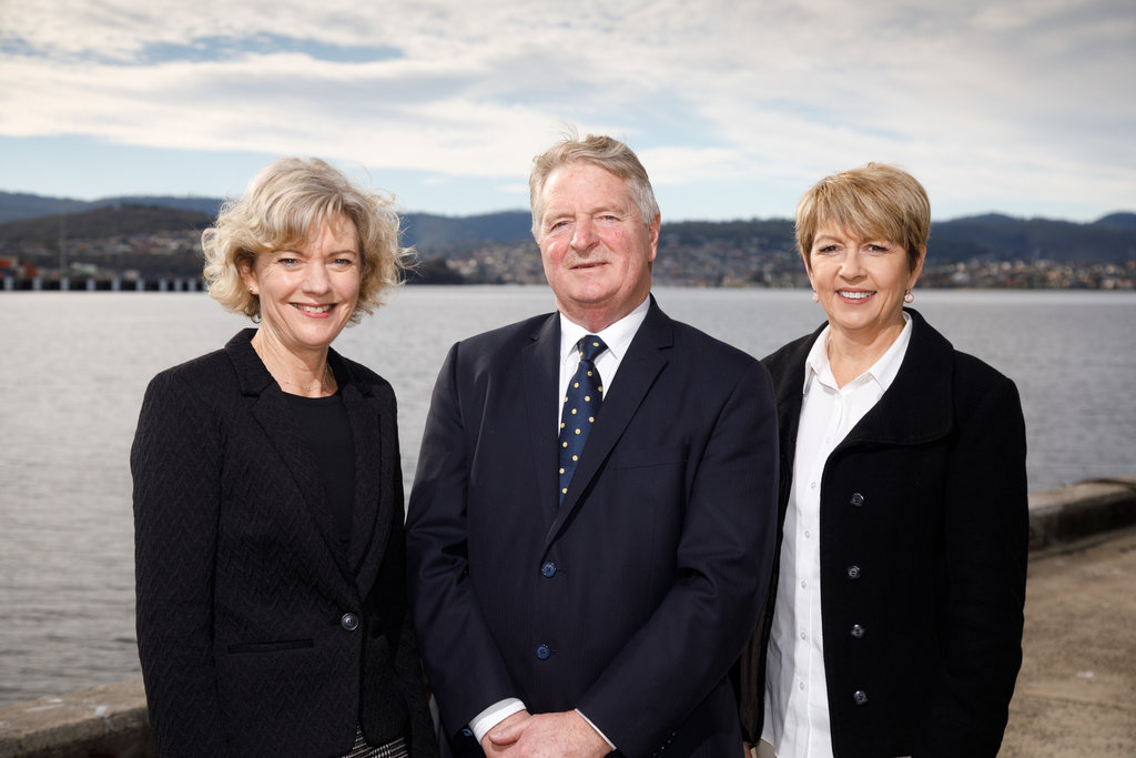Salamanca Realty Sales Team Lynne Gowans, Mark Lawler & Tina Hogan - sell real estate Hobart